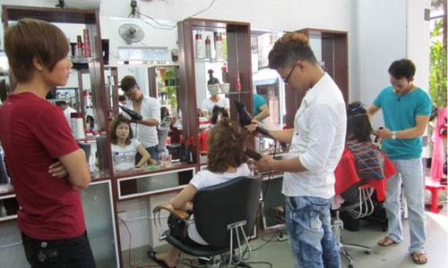 Salon or salon